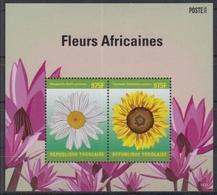 Togo 2014 / Flowers MNH Flores Blumen Fleurs / Cu2930  31-63 - Vegetales