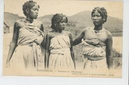 ETHNIQUES ET CULTURES - AFRIQUE - MADAGASCAR - Femmes De L'Itomanpy - Africa