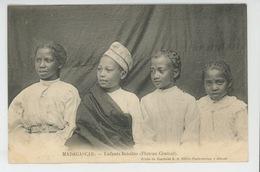 ETHNIQUES ET CULTURES - AFRIQUE - MADAGASCAR - Enfants Betsiléo (Plateau Central ) - Africa