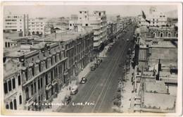 35064. Postal Foto LIMA (Peru) 1952. Vista Aerea Avenida De LA COLMENA - Perú
