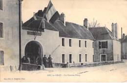MILITARIA ( Casernes  ) - 70 - ARC Les GRAY : La Caserne Ferry - CPA Village (2.540 Habitants) - Haute Saône - Casernes