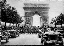CPSM - Libération De Paris - Défilé Des Troupes Américaines Avenue Des Champs Elysées, Très Animé - Weltkrieg 1939-45