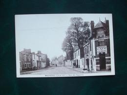 Carte Postale Ancienne De Machecoul - Rue Des Capucins ( Café Du Centre) - Machecoul
