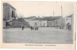 BLONDEFONTAINE --La Grande Place - France