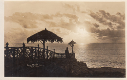 Sunset Cliffs Postcard Uplands To Victoria BC Used  Excellent Condition - San Diego