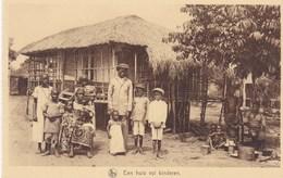 Kwango Missie, Belgisch Congo, Een Huis Vol Kinderen (pk66025) - Congo Belga - Altri