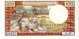 Madagascar P.57 100 Francs 1966 Unc - Madagaskar