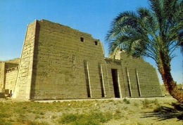 Luxor - Medinet Habu - Great Temple Of Ramses III - Formato Grande Non Viaggiata – E 7 - Luxor