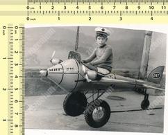 1970's REAL PHOTO Boy In Jat Airways Model Mig 212 Airplane Kid Playing Garçon En Modèle D'avion ORIGINAL SNAPSHOT - Personnes Anonymes