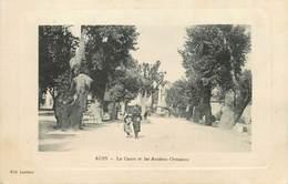 """/ CPA FRANCE 83 """"Aups, Le Cours Et Les Anciens Ormeaux"""" - Aups"""