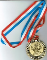 Luxembourg Péitenger (Pétange)Kavalkad NORBERT II 1996 - Entriegelungschips Und Medaillen