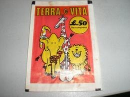 BUSTINA FIGURINE TERRA E VITA - Panini
