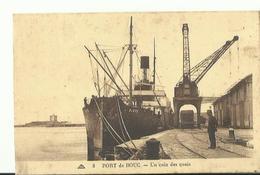 PORT DE BOUC UN COIN DES QUAIS 1939  DECHARGEMENT BATEAU BIRTE - Francia