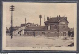 Carte Postale 62. Avion La Gare Trés Beau Plan - Avion