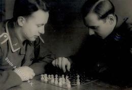 SCHACH - Foto Aus Album - MILITÄR Beim Schachspiel (keine Ak - Rücks. Klebestelle) II - Schach