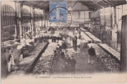Bv - Cpa LORIENT - La Poissonnerie à L'heure De La Criée - Lorient