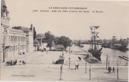 Bv - Cpa LORIENT - Salle Des Fêtes Et Cours Des Quais - Le Bassin - Lorient