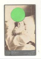 Photo Sur Carton ( Petit Modèle ) D'une Fillette Décédée - Post Mortem - Menin Ou Environs  (b273) - Anonymous Persons