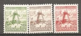DK  Yv. N°  246 à 248  ** MNH   Moulin à Vent   Cote  16,5 Euro  TBE   2 Scans - 1913-47 (Christian X)