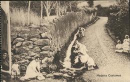 60848105 Madeira Costumes / Madeira  / - Portugal