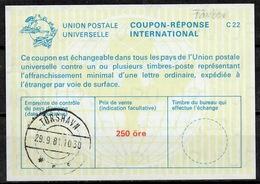 DANEMARK / DENMARK La22A 250 öre International Reply Coupon Reponse Antwortschein Svarkupon IRC IAS O TORSHAVN 29.9.81 - Enteros Postales