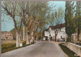 C. P. - PHOTO - LA ROQUEBRUSSANNE - L'ENTRÉE DU VILLAGE - 73149 - CIM - La Roquebrussanne
