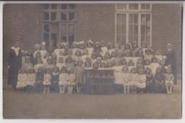 CARTE PHOTO : ECOLE LIBRE NOTRE DAME - OU ? - CLASSE ENFANTINE EN 1920 - MAITRESSES ET PETITES FILLES - 2 SCANS - - Cartes Postales