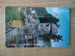 CUBA USED CARDS MONUMENTS STATUE LA GARILA - Cuba
