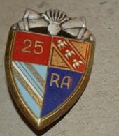 Rare Insigne 25° Régiment D'Artillerie - Heer