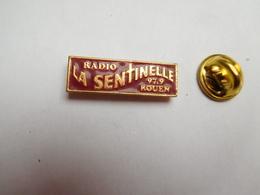 Beau Pin's , Média Radio , La Sentinelle , 97,9 , Rouen  , Rouge - Medien
