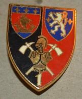 Rare Insigne INSIGNE DE POMPIERS GENIE U.I.I.S.C. N° 1 - Firemen