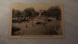 CPA - LYON . 15. La Place Carnot Et Le Monument De La République - Lyon