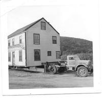 Camion Oldtimer Transportant Une Maison Photo 9x9 - Automobili