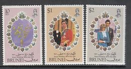 Brunei - Correo Yvert 270/2 ** Mnh  Boda Carlos Y Diana - Brunei (1984-...)
