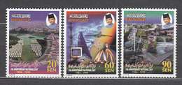 Brunei - Correo Yvert 548/50 ** Mnh  D�a Nacional - Brunei (1984-...)