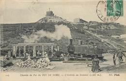 Lot 2 CPA 63 Puy-de-Dôme Le Tramway Au Pied Du - L'Arrivée Au Sommet Chemins De Fer Du - Locomotive - Train - Francia