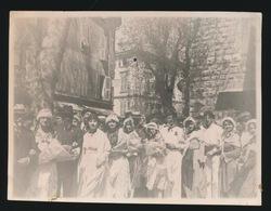 VENCE - FETES PROVENCALES 1927  PHOTO  11 X 8.5 CM  LES 2 REINES ET LEUR SUITE  -  2 SCANS - Vence