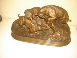 CHASSE AU LAPIN, TROIS CHIENS AU TERRIER Bronze De PIERRE-JULES MÈNE 1810-1879 - Bronzes