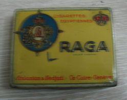 AC - RAGA EGYPTIENNES CIGARETTES ARSLANIAN & NEDJATI LE CAIRE GENEVE CIGARETTE - TOBACCO EMPTY VINTAGE TIN BOX - Contenitori Di Tabacco (vuoti)