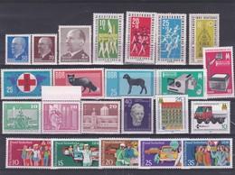 DDR Kleine Verzameling **, Zeer Mooi Lot K1033 - Timbres