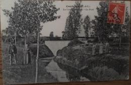 CPA? Courbehaye, 28, Eure Et Loire, La Conie Canalisée.le Pont, Animée, 1911?, Timbre - France
