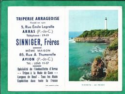 Calendrier 1958 Arras 62 Sinniger Frères Triperie 5 Rue Emile Legrelle 2scans Avion 85 Rue A. Thumerelle Biarritz Phare - Calendriers