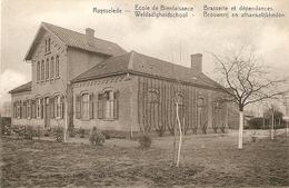 Ruysselede / Ruiselede : Weldadigheidschool ---- Brouwerij En Afhankelijkheden - Ruiselede