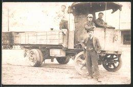Fotografie Lastwagen, LKW-Pritsche Mit Vollgummi-Reifen - Automobiles