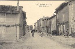 1-LA PERUSE  - Entrée Du Bourg -ed. Sans - France