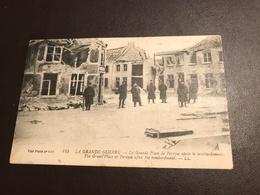 Pervijze (Diksmuide)  - La Grande Place De Pervyse Apres Le Bombardement  - Guerre 1914-18 - Gelopen - Damme