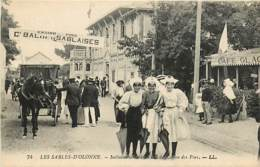 85 , LES SABLES D'OLONNE , Sablaises Sur Le Bd Du Casino , * 405 78 - Sables D'Olonne
