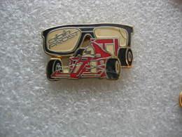 Pin's F1 Ferrari, Alain PROST Lunettes - F1