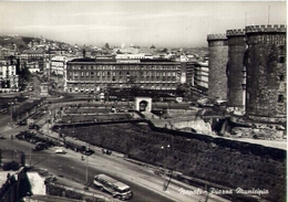 Napoli - Piazza Municipio - Formato Grande Viaggiata – E 14 - Napoli (Naples)