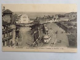C. P. A. : 64 BIARRITZ : Avenue Edouard VII, Casino Et Tramway De Bayonne, Animé - Biarritz